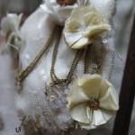 Bolso boquilla Malvaloca detalle flores